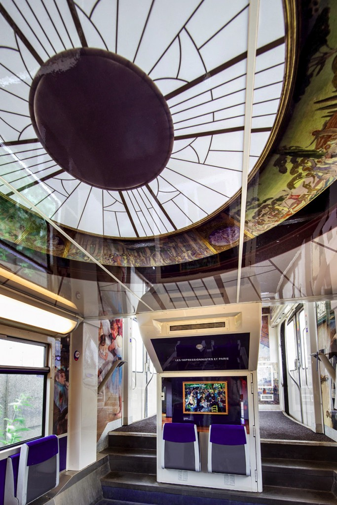 impressionist-art-public-trains-france-designboom-014